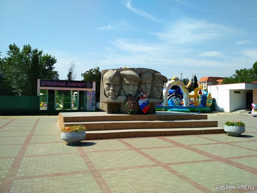 Памятник десантникам Коктебеля