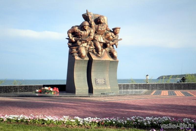 Памятник саперам, минерам и водолазам