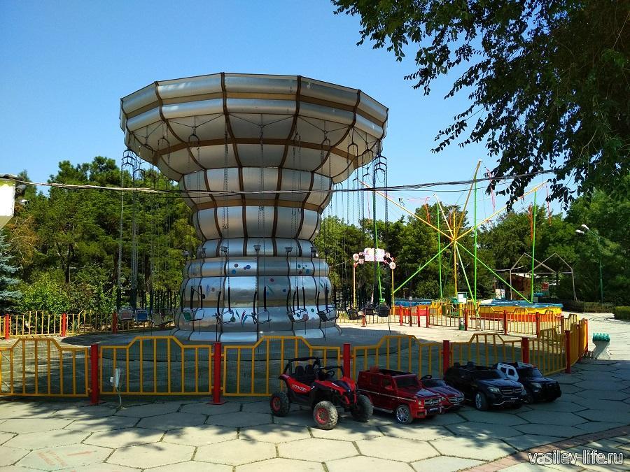 Парк аттракционов в дендрарии Евпатории (5)