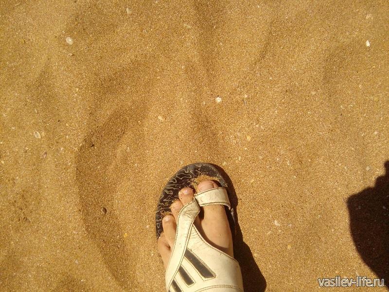 Вот такой здесь песок