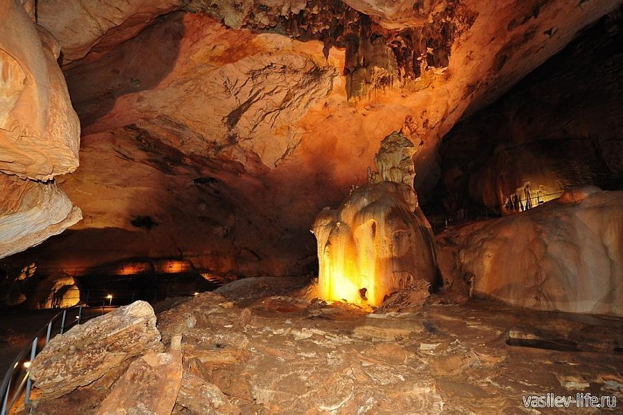 Пещера Мамонтов