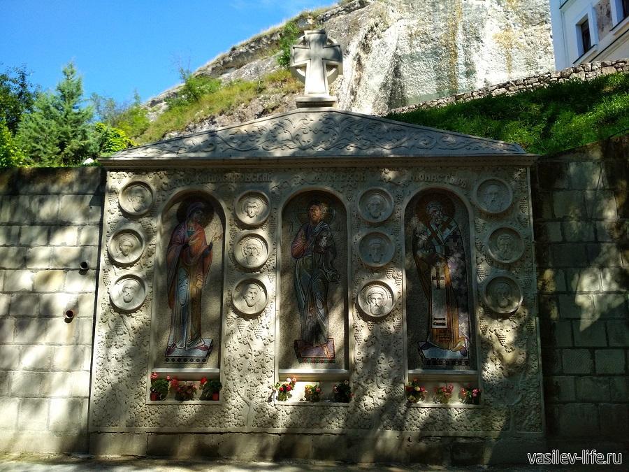 Пещерный монастырь в Инкермане (2)
