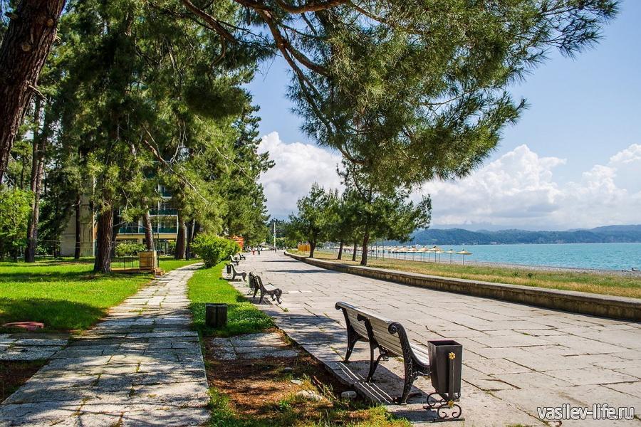 Пицунда, Абхазия, Набережная