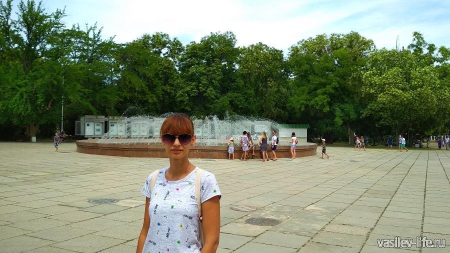 Площадь на Историческом бульваре в Севастополе