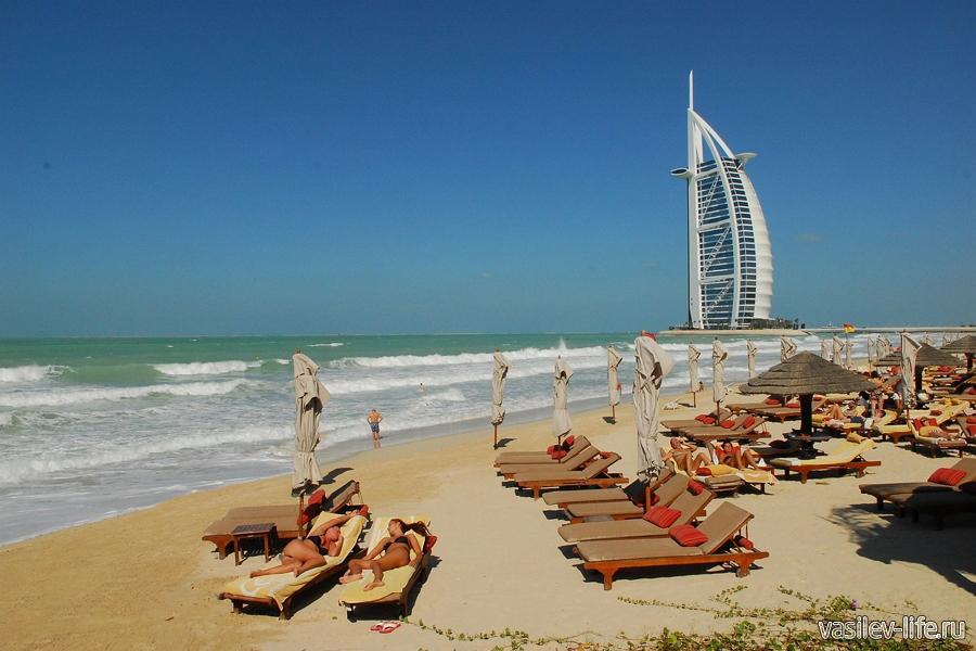 Пляжи ОАЭ в марте