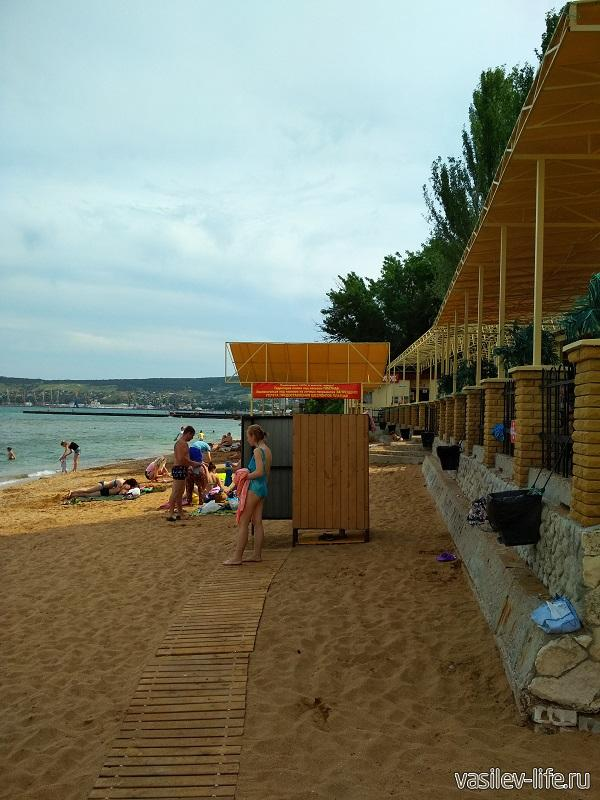 Пляж «Динамо» в Феодосии (4)