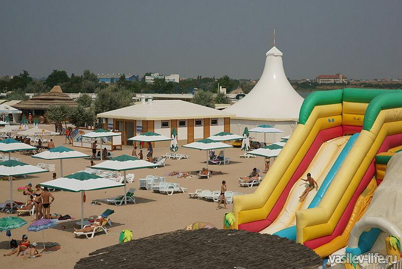 Пляж «Лазурный берег» Евпатория
