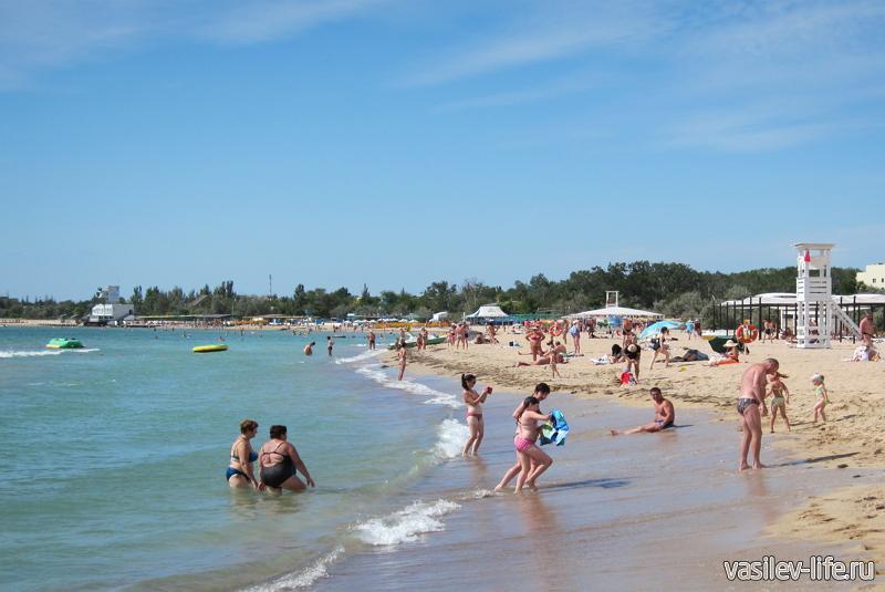 Пляж «Робинзон» в Евпатории