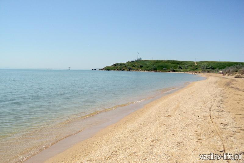 Пляж «СанДали» ближе к маяку