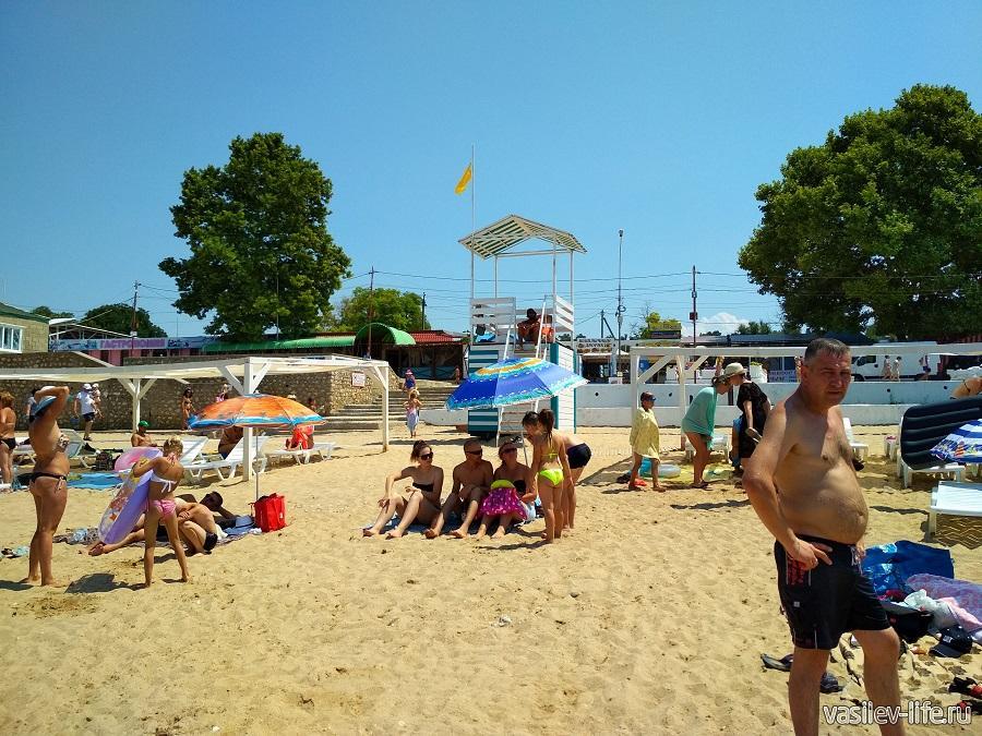 Пляж «Учкуевка» в Севастополе (12)