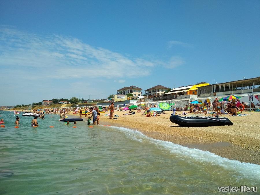 Пляж «Учкуевка» в Севастополе (16)