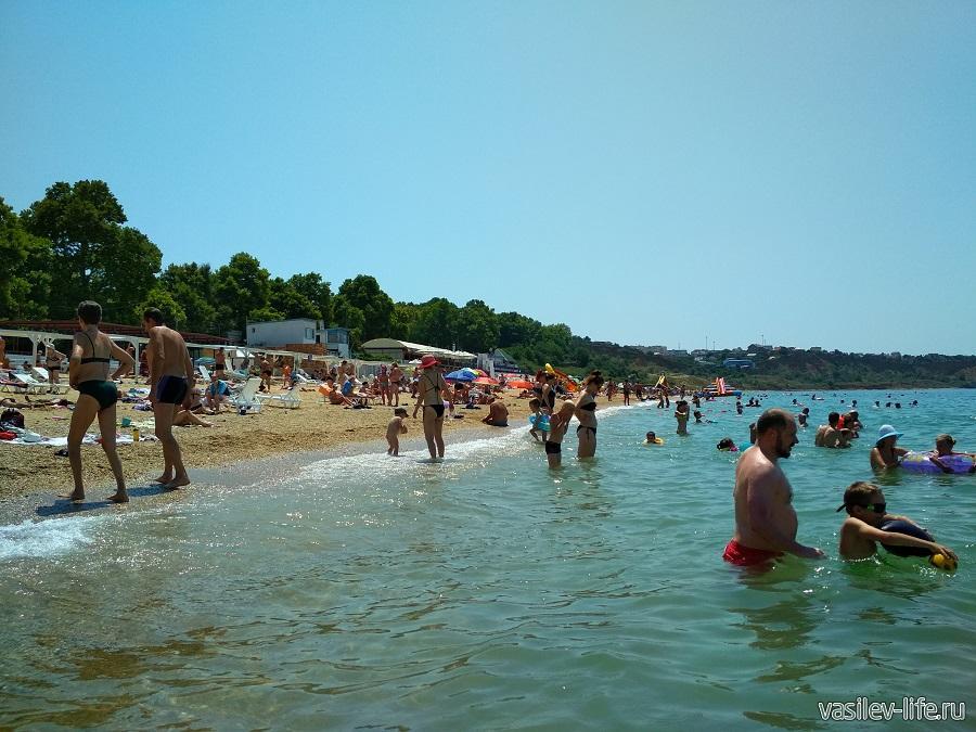 Пляж «Учкуевка» в Севастополе (17)