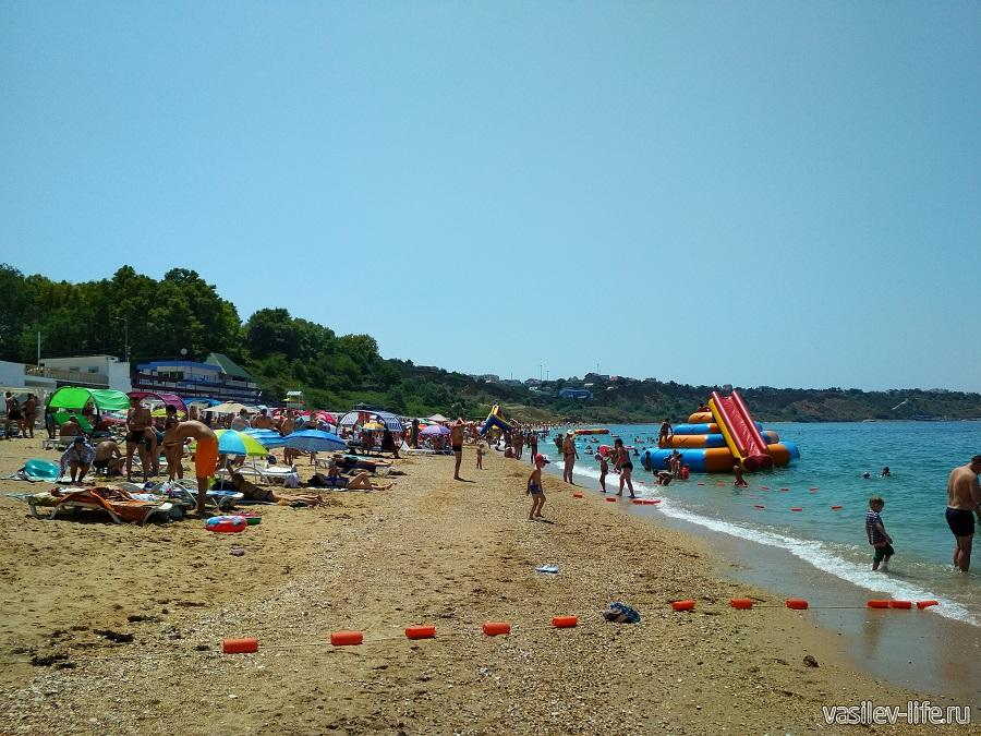Пляж «Учкуевка» в Севастополе (6)