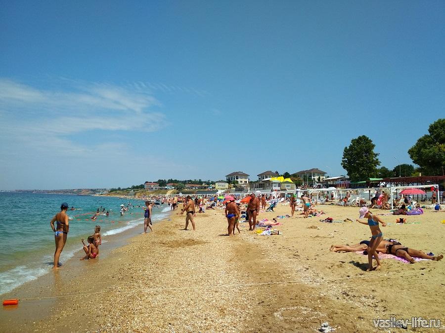 Пляж «Учкуевка» в Севастополе (8)