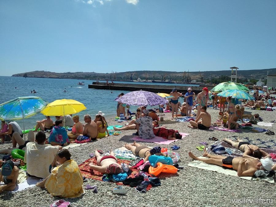 Пляж Камешки в Феодосии
