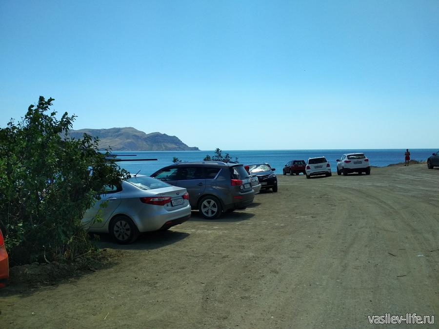 Пляж Маями в Судаке за мысом Алчак-Кая, парковка