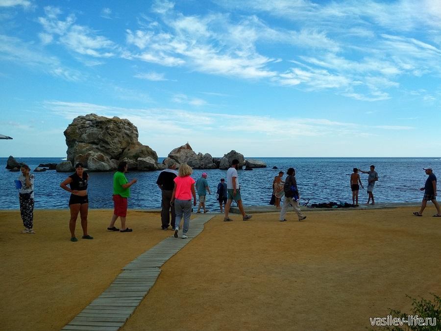 Пляж Мохито в Судаке (2)