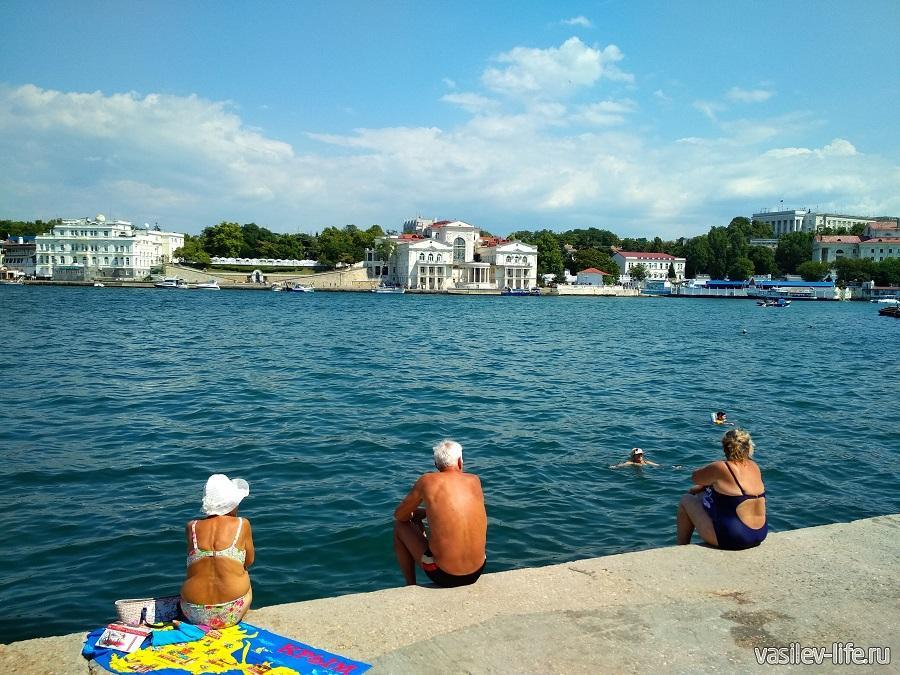 Пляж Мыс Хрустальный в Севастополе (11)