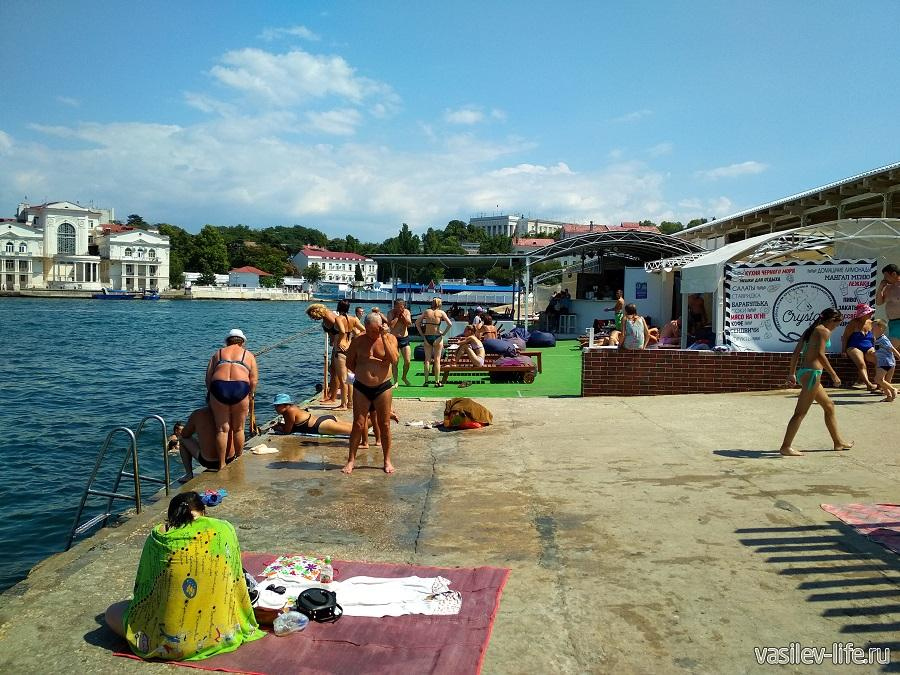Пляж Мыс Хрустальный в Севастополе (6)