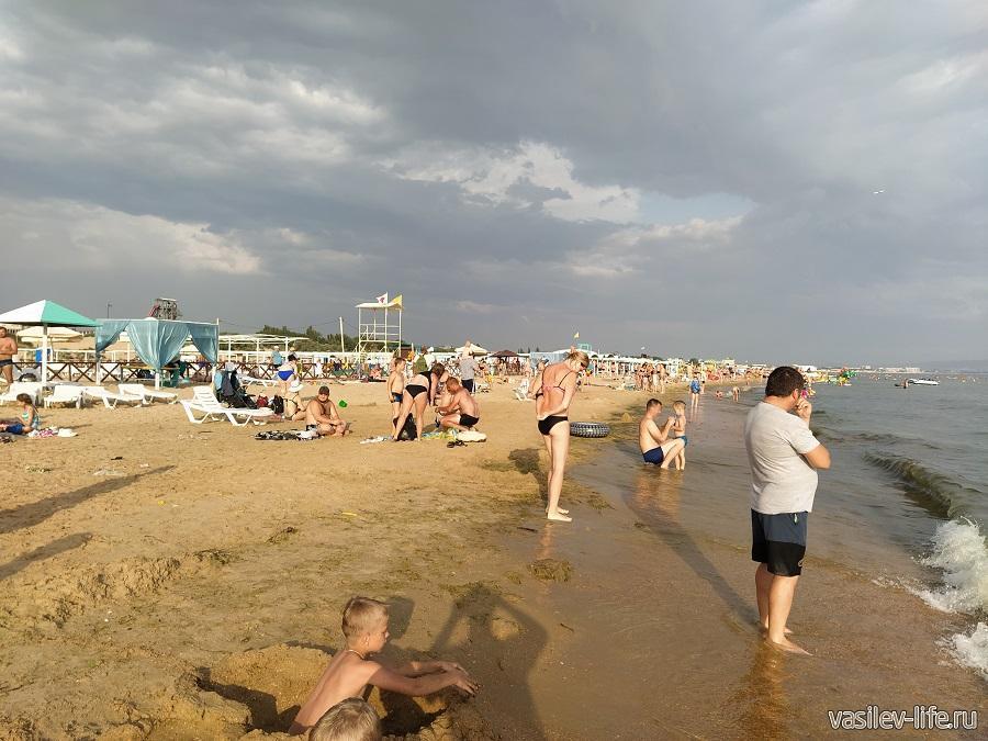 Пляж в Витязево (2)
