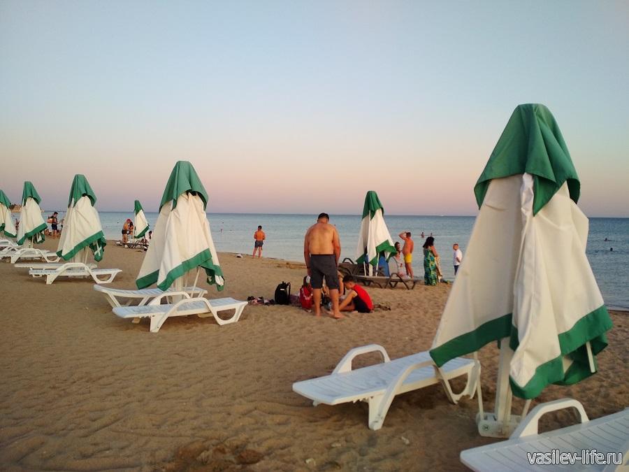 Пляж в Евпатории 495