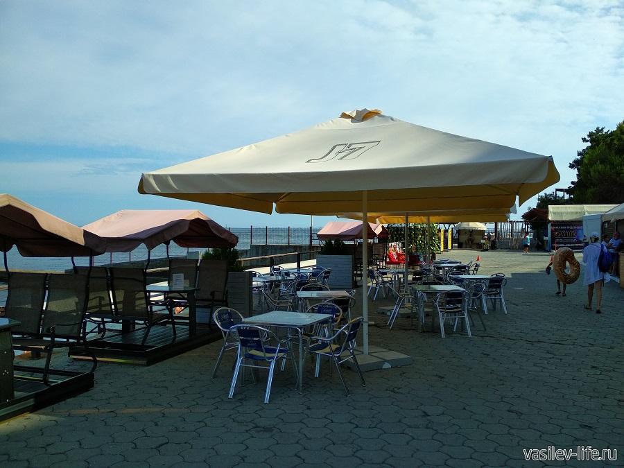 Пляж в Ливадии (14)