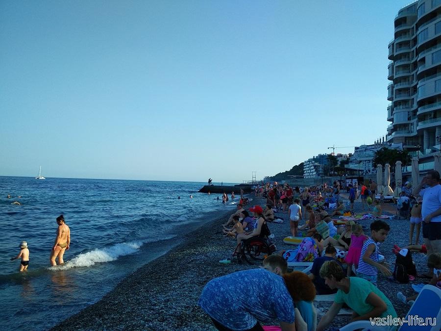 Приморский пляж, Ялта (12)