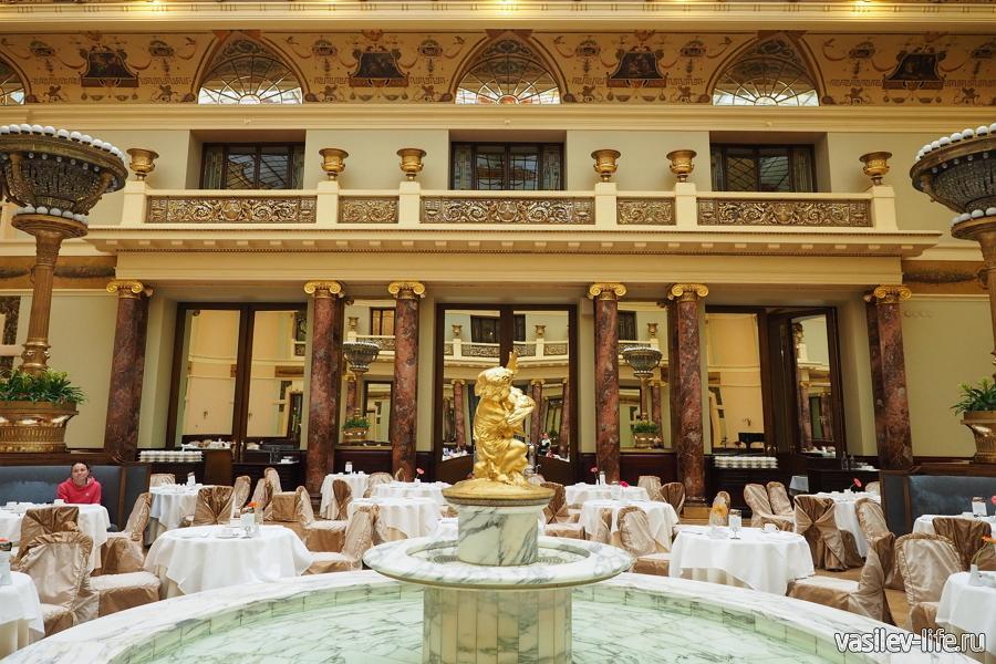 Ресторан в отеле Метрополь