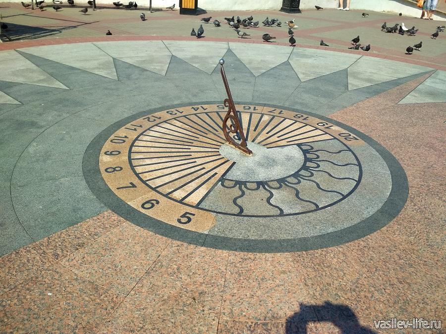 Солнечные часы в Севастополе (2)