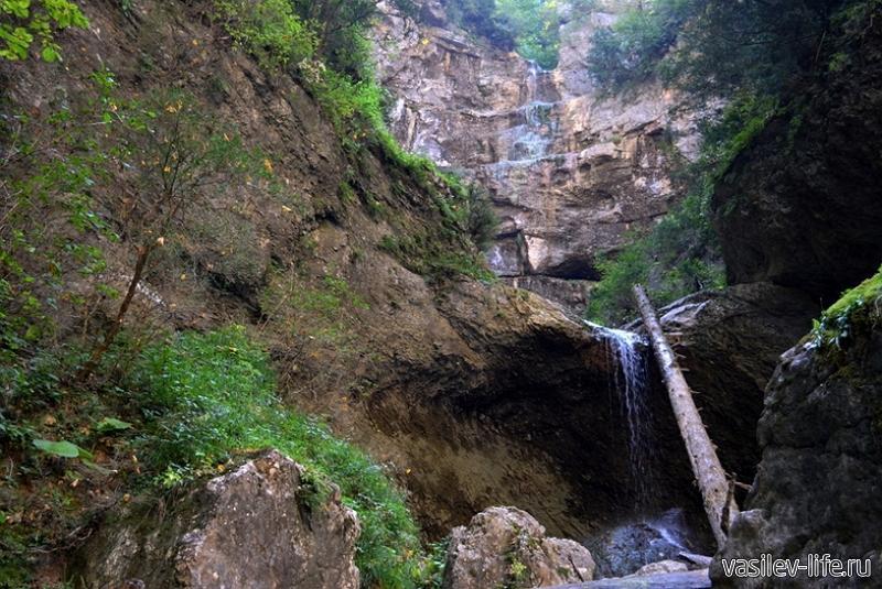 Сухая балка и водопад «Яворов»5