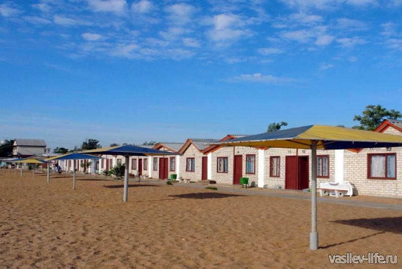 ТОК «Золотой пляж» домики