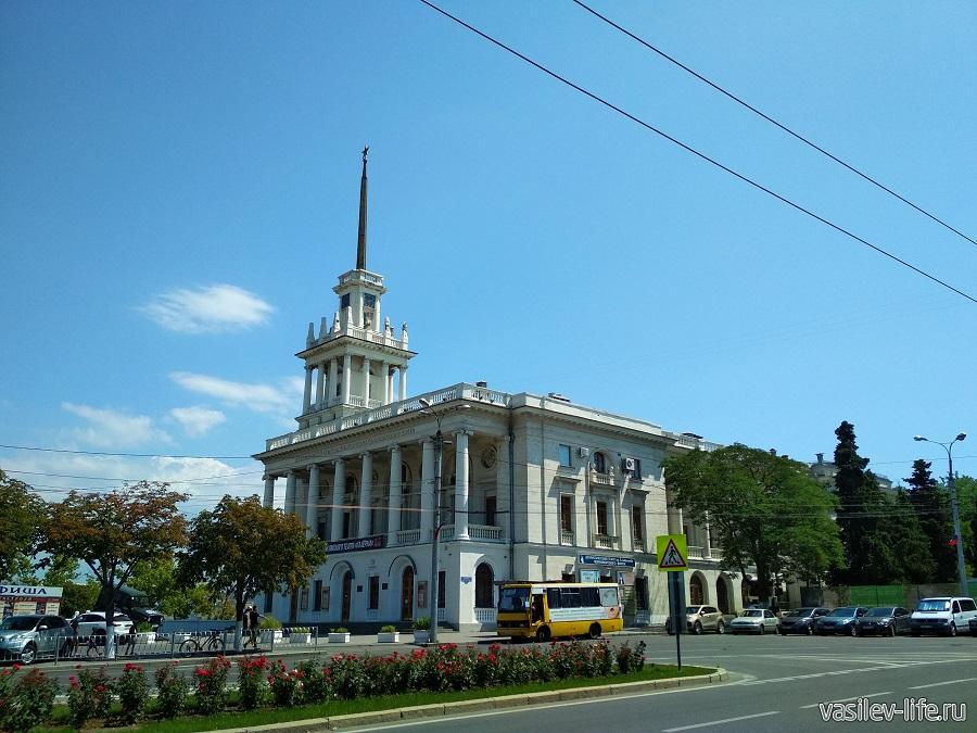 Театр Лавренева в Севастополе (4)