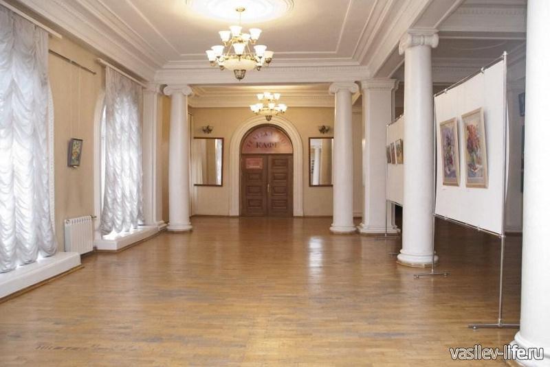 Театр Лавренева, Севастополь
