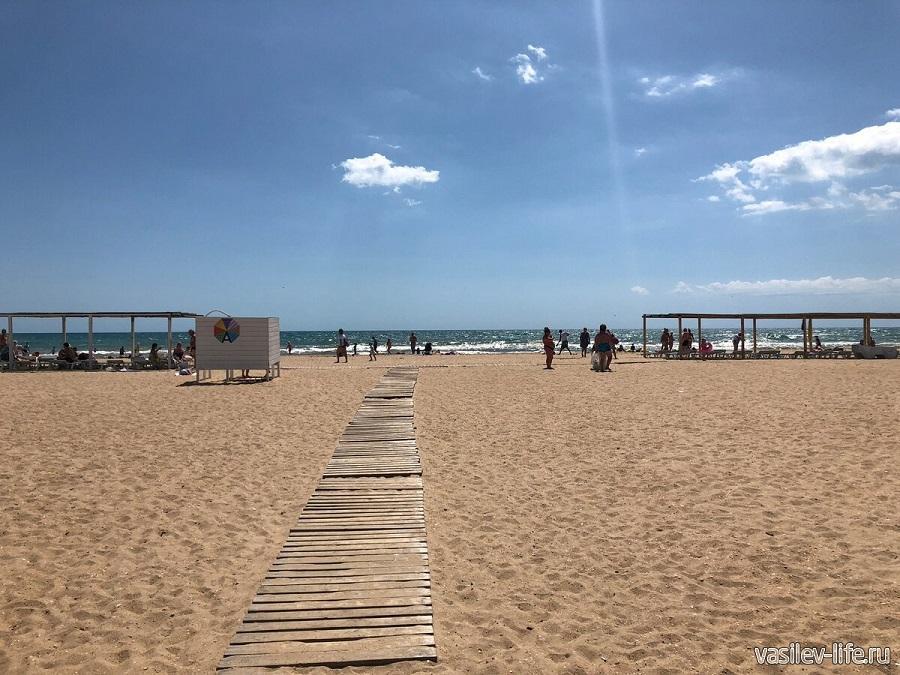 Тортуга - пляж в Витязево