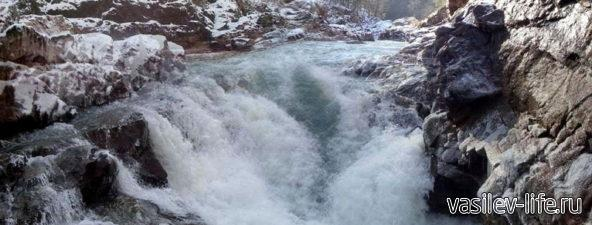 Ущелье реки Белой 4