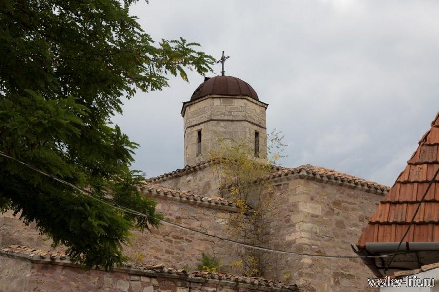 Храм Архангелов Михаила и Гавриила