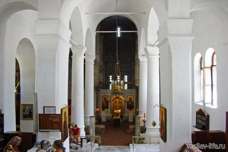 Храм Иоанна Предтечи внутри3