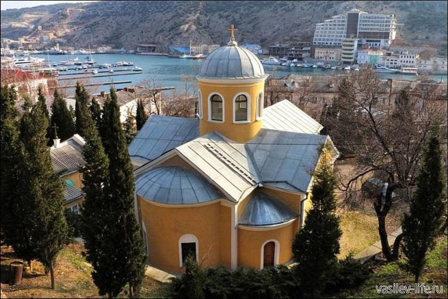 Храм 12 апостолов в Балаклаве