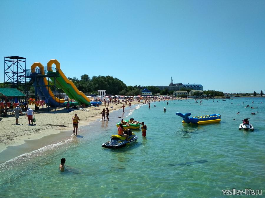 Центральный пляж Черноморского