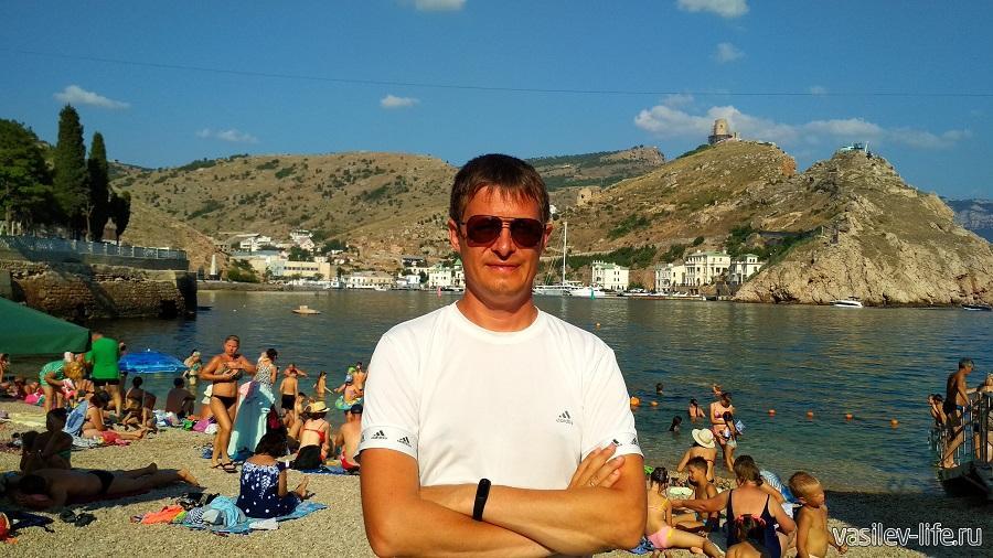 Я на мраморном пляже (не купались, так как вода была холодная - +17)