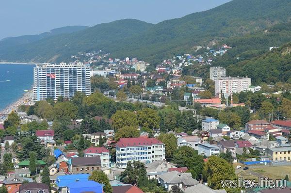 Вид-на-Лазаревское