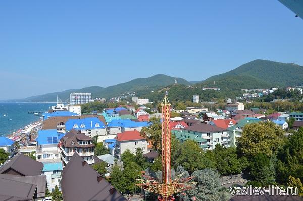 Вид-на-Лазаревское1