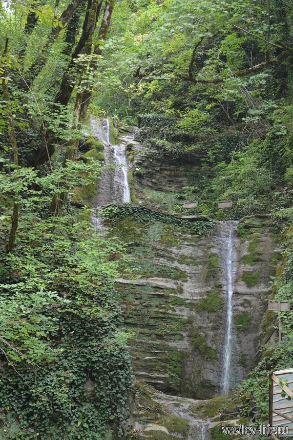 Водопад-Шапсуг-в-Аше