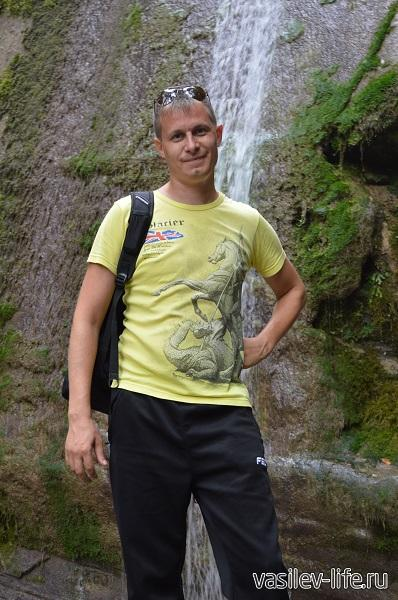 Водопад-Шапсуг-в-сентябре-мало-воды