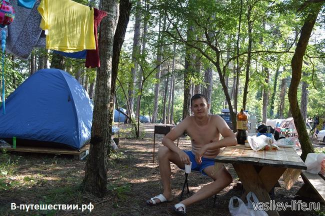 Кемпинг-на-черном-море-Сосновый-рай-2