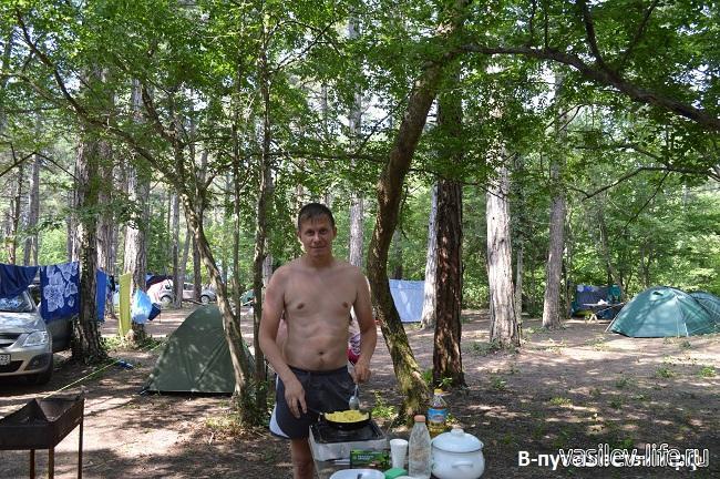 Кемпинг-на-черном-море-Сосновый-рай-7