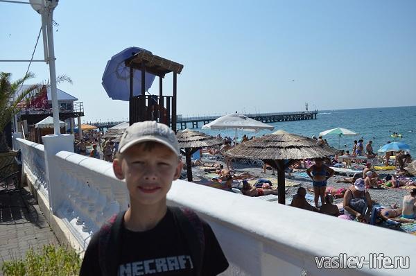 Пляж-в-Лазаревском