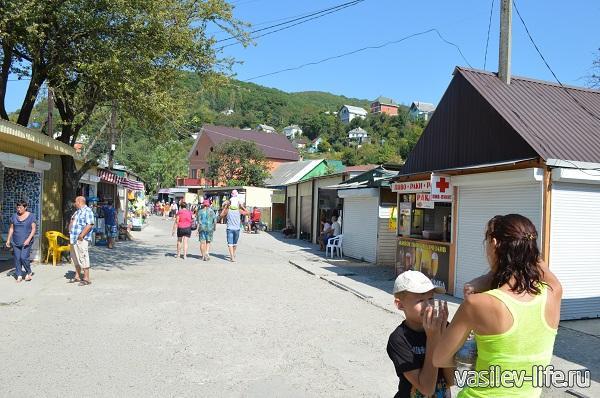 Поселок-Аше-на-берегу-черного-моря