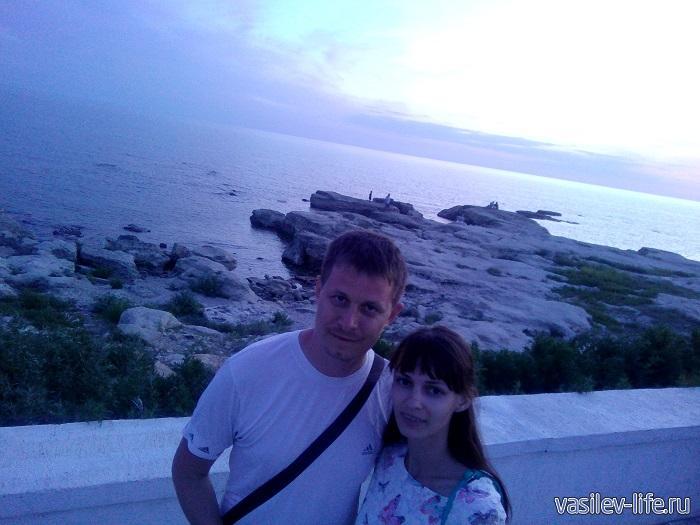 Вечерний Каспий на набережной в Актау